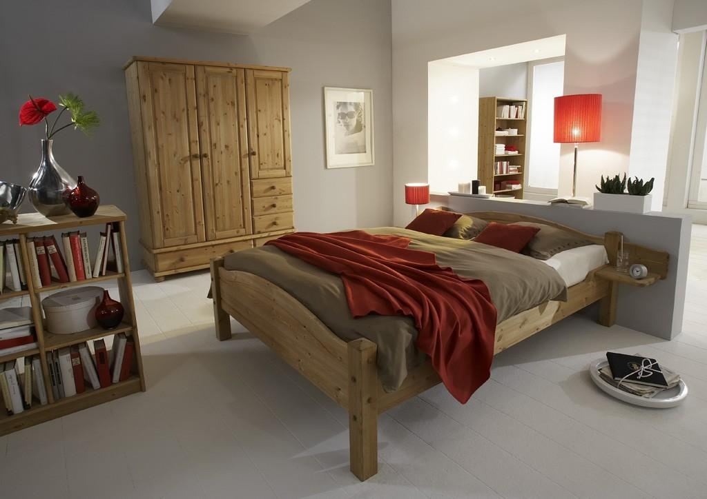 massivholzbett bett lara 140 x 200 kiefer massivholz natur von dolphin. Black Bedroom Furniture Sets. Home Design Ideas