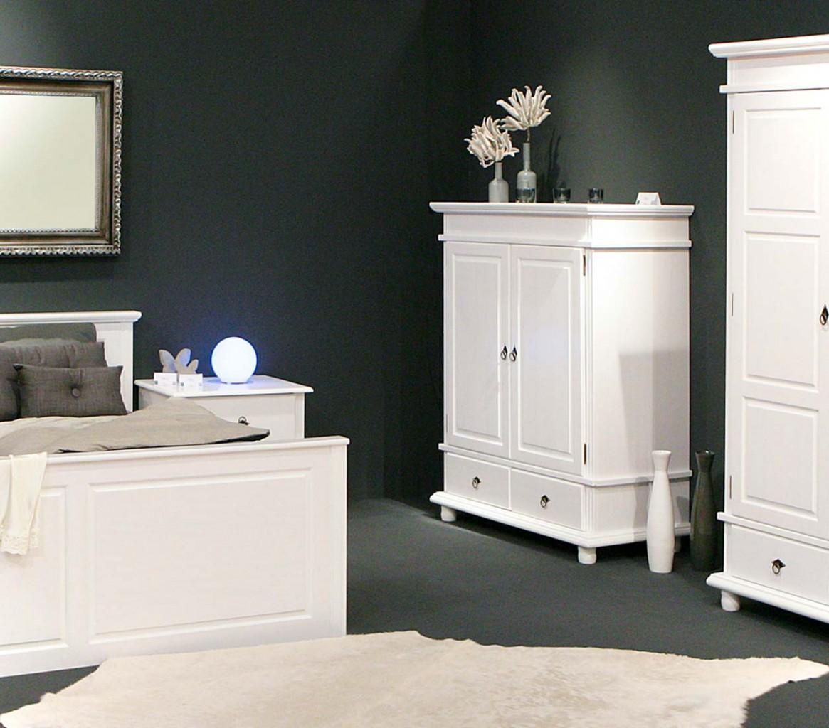 Wäscheschrank DANZ 4 Schrank mit 2 Türen Kiefer weiß lackiert
