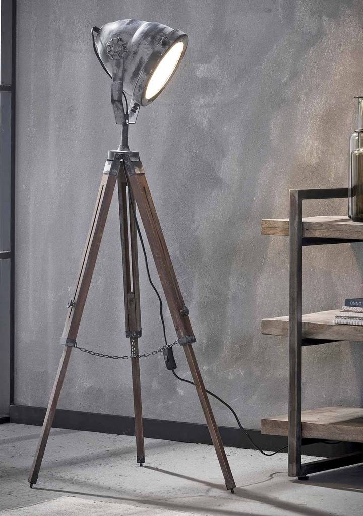 tripod stehleuchte floris industrial style vintage grey. Black Bedroom Furniture Sets. Home Design Ideas