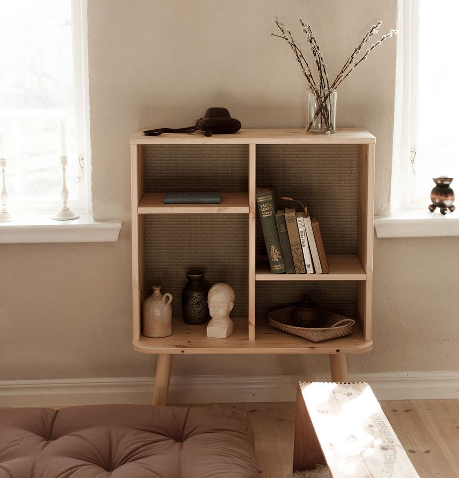 regal kyabi kiefer natur lackiert mit tatami r ckwand von. Black Bedroom Furniture Sets. Home Design Ideas